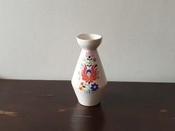 Kalocsai mintás színes kerámia váza iparművész kézzel festett virágos