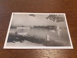 Régi képeslap 1942 Balatonfüred gyógyfürdő hajóállomás uszoda levelezőlap