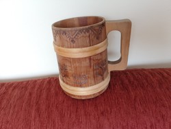 Óriási fa kupa - gazdag díszítéssel