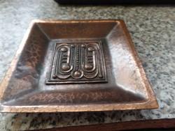 Szabó Gy  által készitett réz hamutartó