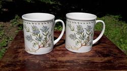2 db gyönyörű, gyógynövényes, virágos, rozmaringos mintájú porcelán bögre