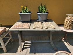 Kerti asztal márvány lappal