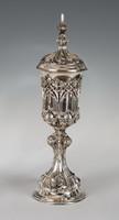 Ezüst nagy méretű díszkupa szőlőleveles díszítéssel (11870)
