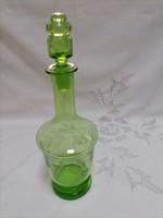 Zöld üveg kiöntő