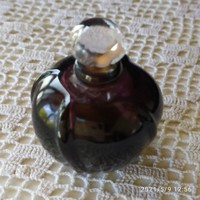 Mini parfümös üvegek