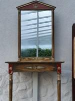 Antik stílusú konzolasztal tükörrel