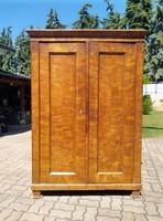 Korabeli biedermeier 1820  ruhás szekrény 2 ajtós
