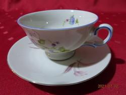 KPM német porcelán kávéscsésze, más alátéttel.