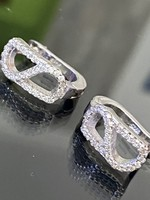 Kecses ezüst fülbevaló pár cirkónia kövekkel