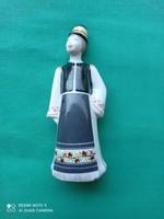 Hollóházi porcelán figura - Matyó fiú