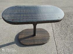Art deco ovális,polirattan asztal