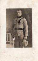 Katona portré kép, ügyességi jelvény, szurony