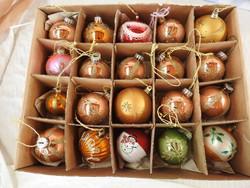 Régi díszes gömb karácsonyfa díszek - 20 db - Karácsonyfadísz gyűjteményből