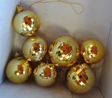Retro fényes aranygömb karácsonyfa díszek - 7 db - Karácsonyfadísz gyűjteményből