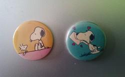 Retro Snoopy kitűző (2 db.)