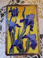 Eladó régi fém írisz virágos dombor nyomott doboz, gyönyörű állapotban!