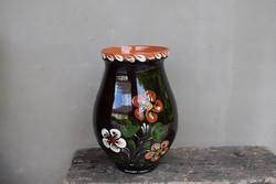 Mázas köcsög váza