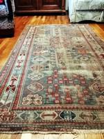 Nagyon antik , török perzsa szőnyeg