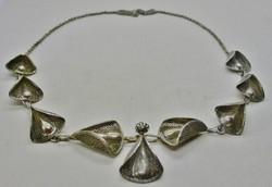 Gyönyörű antik iparművész ezüst nyakék