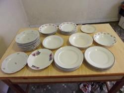 31 db tányér