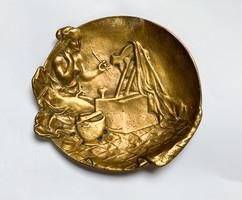 Japanizáló Berndorf bronz tálka félmeztelen gésával.