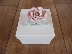 Herendi különleges festésű rózsa díszdobozzal