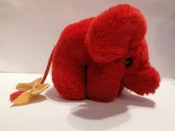 Piros elefánt