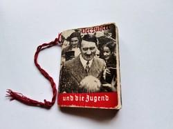 Hitler - mini könyv - képekkel