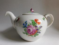 Hüttl Tivadar Aquincum  kézzel festett teáskanna