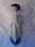 Kalapos hölgy  25,5 cm