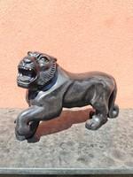 Márvány tigris szobor
