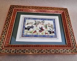 Tradicionális perzsa csontlapra festett vadász témájú miniatúra