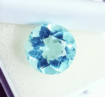 Gyönyörű 5.90Ct kerek kék Akvamarin tanúsítással