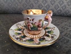 Gyönyörű Capodimonte kávés csésze aljjal, Olasz
