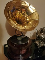 Funnel gramophone sound player (circular)