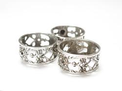 ALBO ezüst szalvétagyűrűk.
