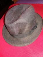 Antik nemez férfikalap barna színben szürke kalapszalaggal képek szerint