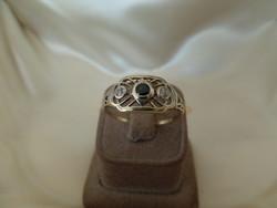 Art deco arany gyűrű kék zafírral és brillekkel