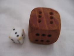 Retro vicces fa dobókocka és egy kicsi