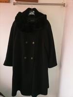 Szebbnél szebbek molett nálam alkalmi fekete gyapjú kasmír kabát vatelinnel bélelt fél csípőig