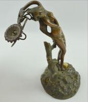 Szecessziós bronz női alak cselédcsengő