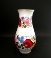 Original hand-painted porcelain vase from Kalocsa