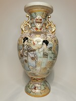 Large satsuma vase (harmonious with solid colors)