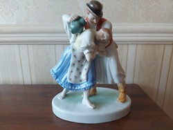 Herend watering couple