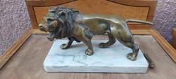 Bronze lion statue 4 kg