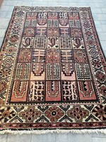 Hand-knotted Iranian bakhtiari cassette rug. Negotiable!
