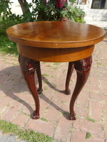 Neo-baroque small table.