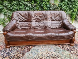 Comfortable 3 seater leather sofa