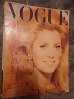 Original copies of Vogue fashion magazine from 1954-1968 for sale