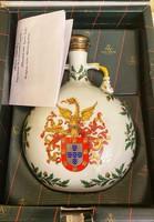 Vista allegre received a large porcelain bottle - received by Francis Mádl